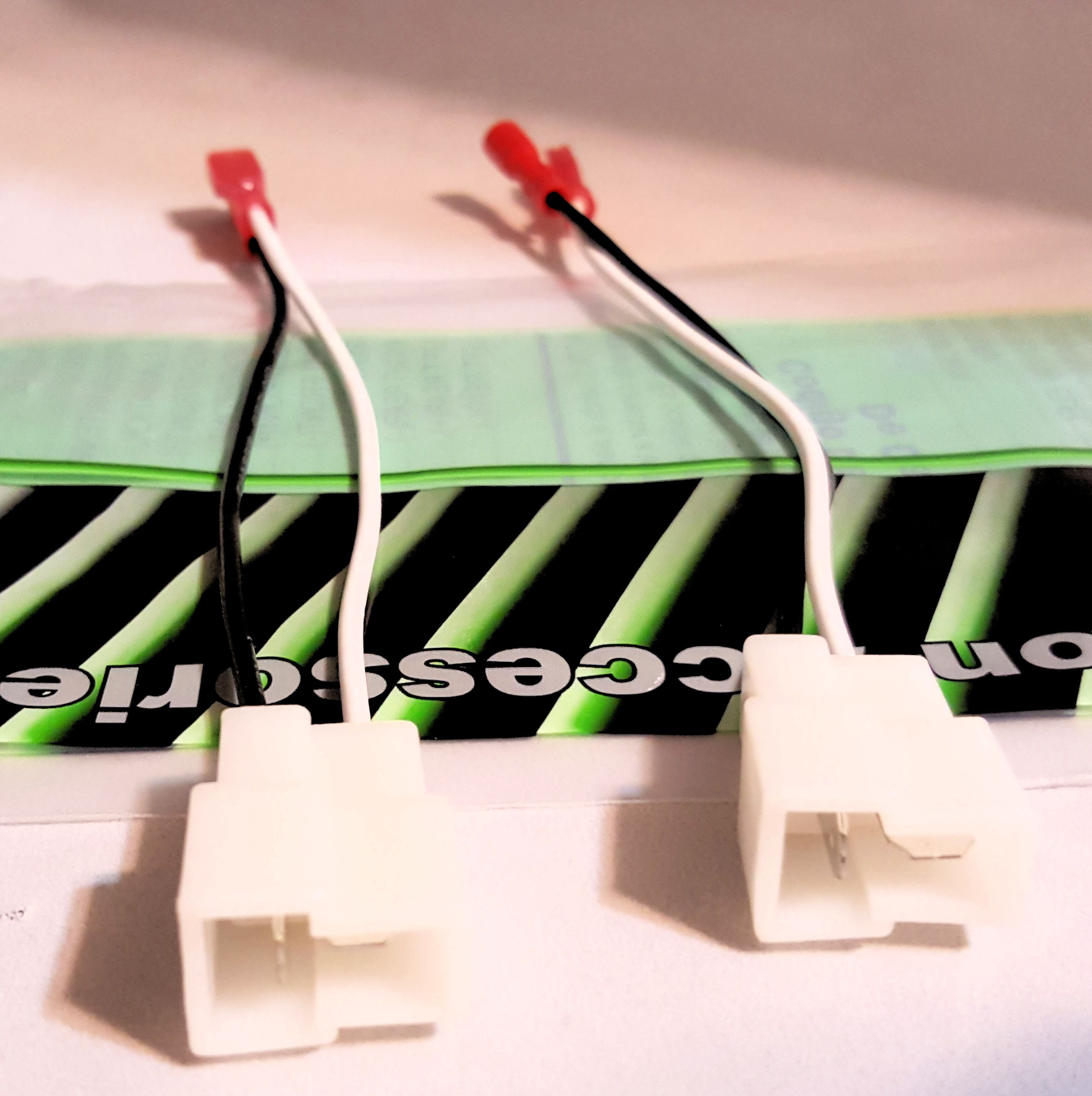 2004-2006 suzuki verona speaker wire harness adapter connector  uneeksupply